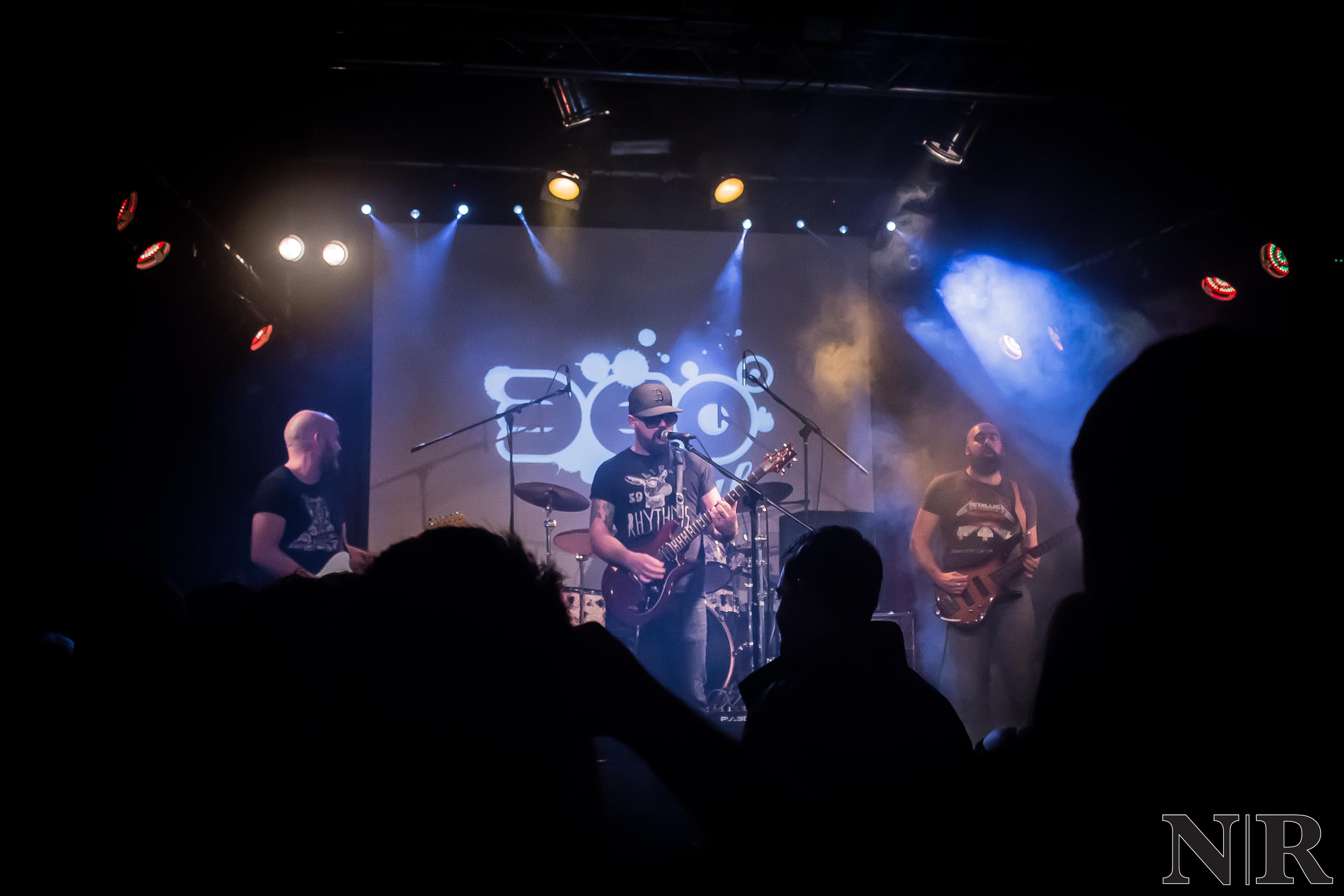 Skull---Live-1